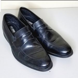 LAST CHANCE SALE! STACY ADAMS BLACK LOAFERS